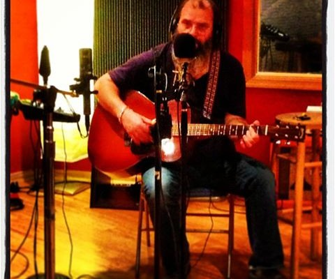 Corner Lounge – Steve Earle at VA Arts 8/28/13